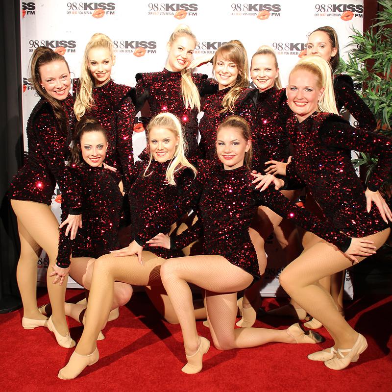 Dance Deluxe performt beim Kiss Cup 2016