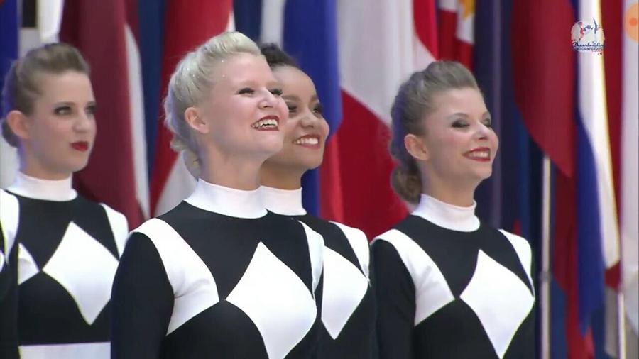 Cheerleading-WM 2017 – Teil 3: Der erste Meisterschaftstag